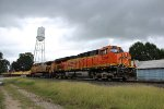 WB UP work train w/ BNSF leader